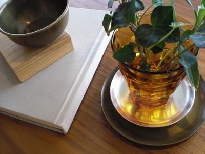シルバー、真鍮のプレート