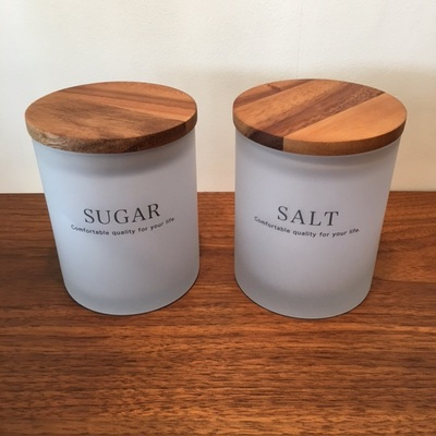 砂糖、塩入れ