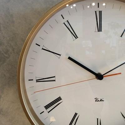 RIKI ROMAN CLOCK