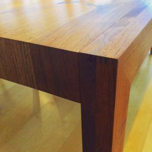 カラメッラダイニングテーブル