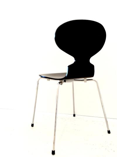 3101   Ant chair