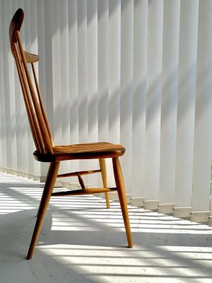 W552 comb back side chair